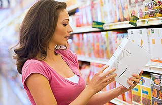 Study Finds Those Who Read Food Labels Stay Thinner